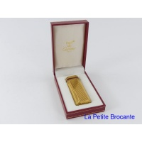 briquet_must_de_cartier_plaqu_or_et_laque_1